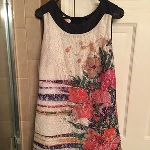 Dresses & Skirts - Libra brand lace cream floral dress